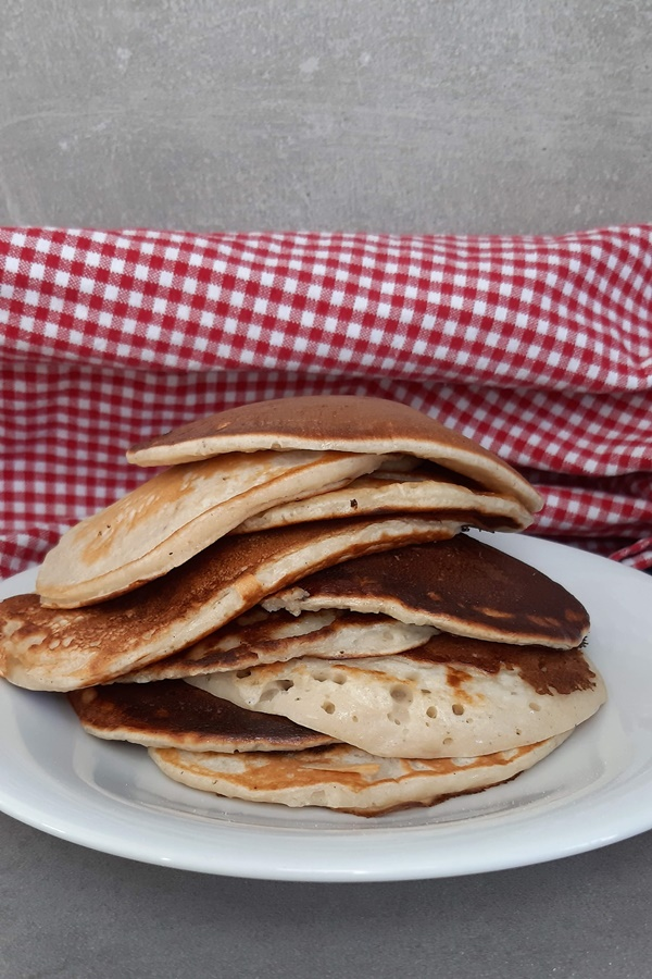 Weight Watchers Pancakes mit Skyr und Bananen - 1 Punkte Snack